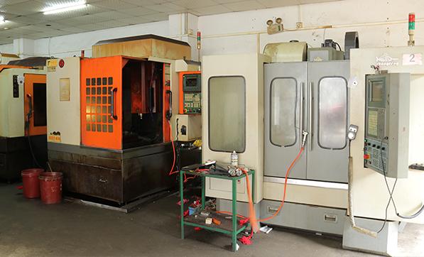 业士铁盒精雕CNC床